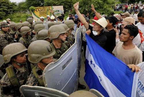 http://cuentaloquequieras.blogia.com/upload/20101102175328-honduras-resistencia.jpg